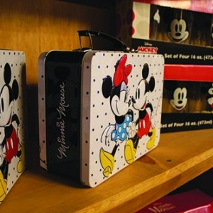 1_candy-town-boutique-mickey