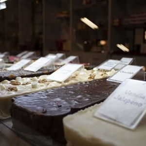 2_candy-town-gourmet-fudge1